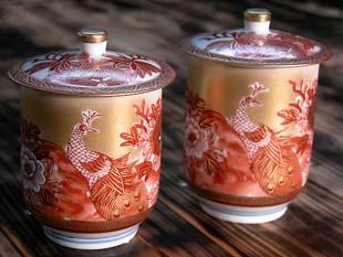 蓋付組湯呑 本金赤孔雀(和食器・九谷焼)